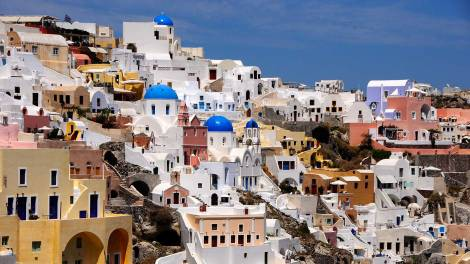 lets-travel-to-santorini-greece-with-saumil-shah-featured