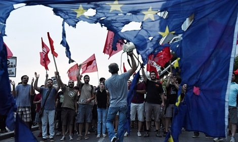 Anti-EU-protests-in-Thess-009