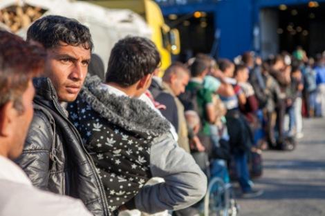 Refugees-greece-main